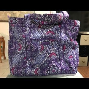 Vera Bradley Get Carried Away Tote/ Lilac Tapestry